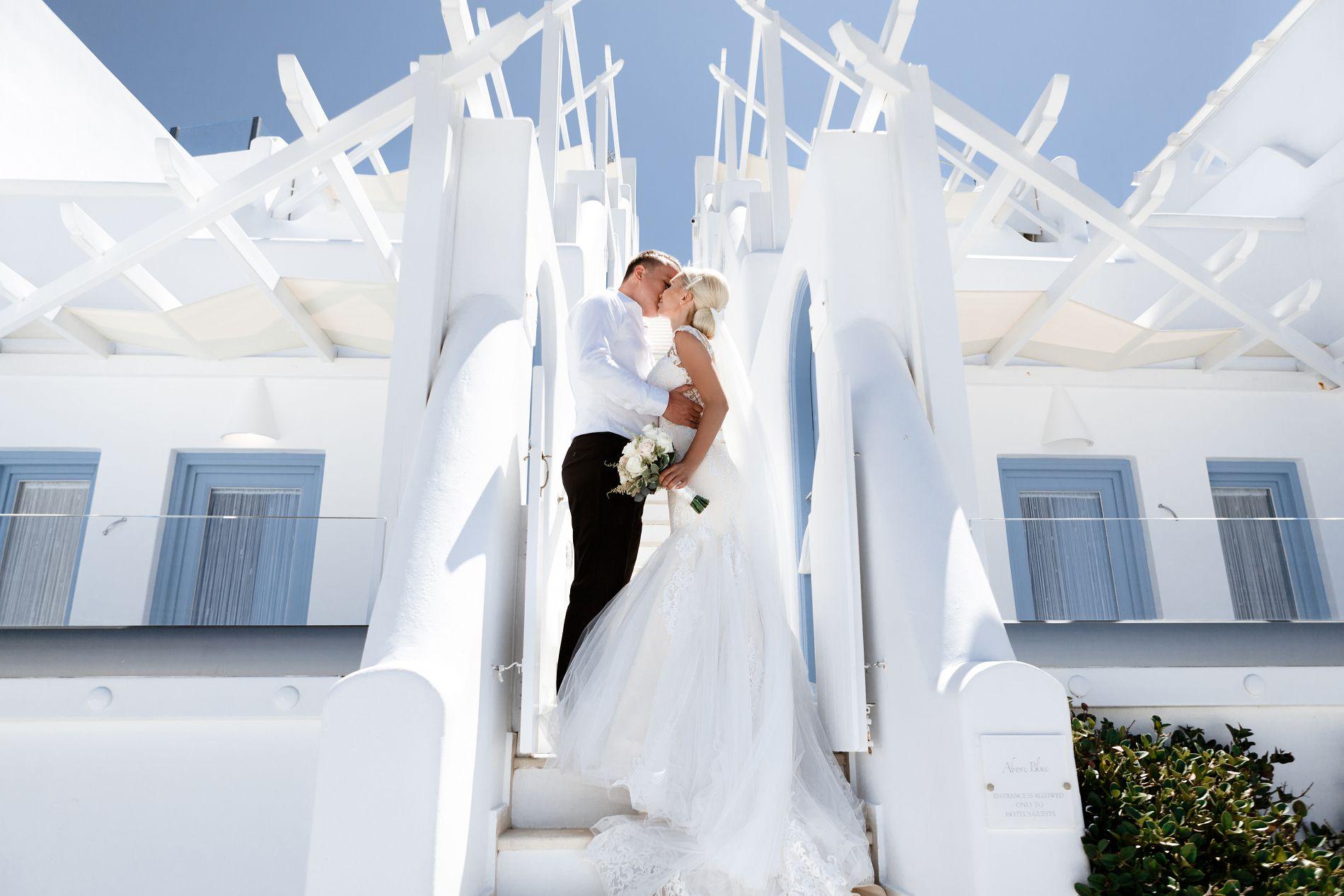 Антон и Ольга: свадьба на санторини, свадебное агентство Julia Veselova - Фото 7