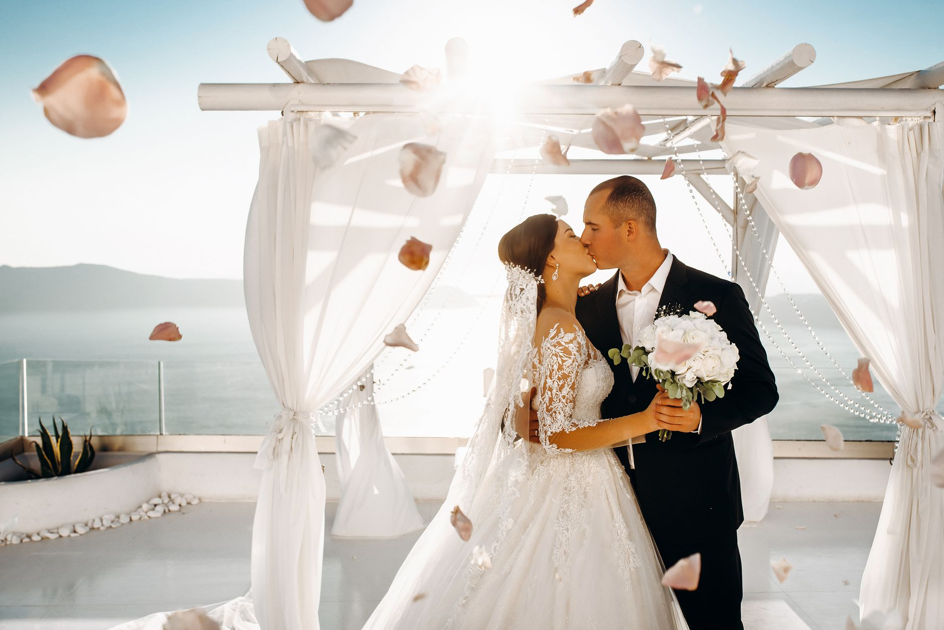 Ангелина и Азис: свадьба на санторини, свадебное агентство Julia Veselova - Фото 11