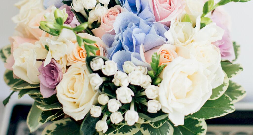 Флористика и декор: свадьба на санторини, свадебное агентство Julia Veselova