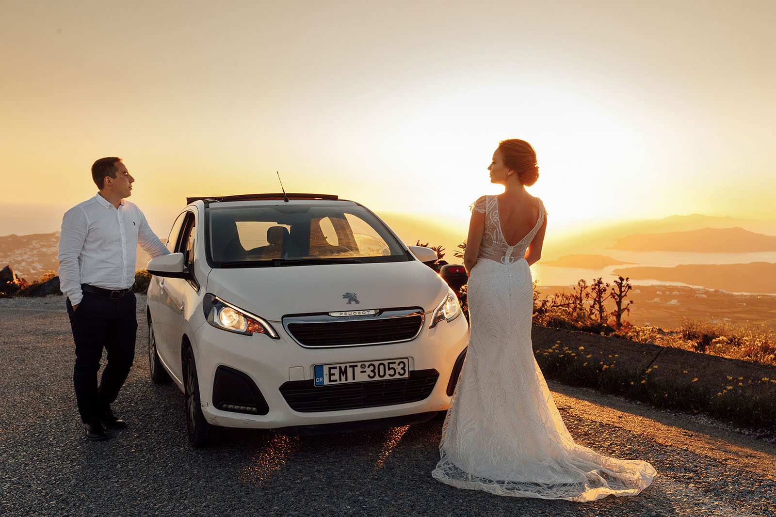 Аренда автомобилей: свадьба на санторини, свадебное агентство Julia Veselova - Фото 1