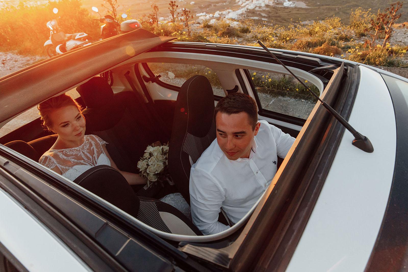 Аренда автомобилей: свадьба на санторини, свадебное агентство Julia Veselova - Фото 4